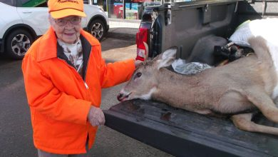 Photo of 104 Year Old Hunter Bags Buck on First Hunt
